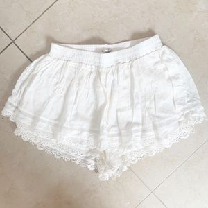NWT LF Mika and Gala Cream and Lace Skirt/Short